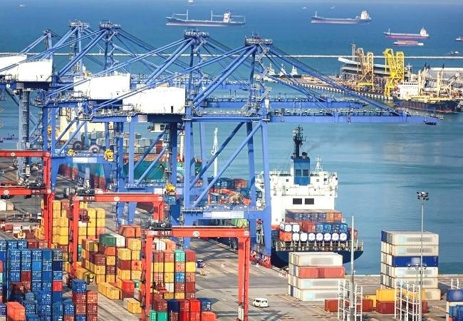 Doanh nghiệp thủy sản kiến nghị được kiểm dịch hàng hóa tại cảng
