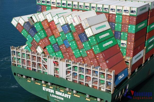 Evergreen unit orders more containers