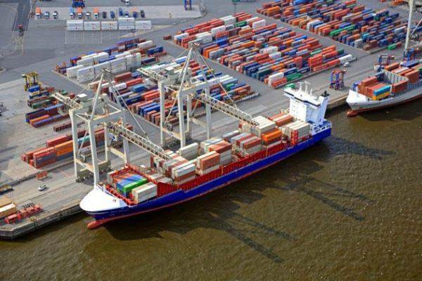 Cảng Hamburg- Advantage Logistics