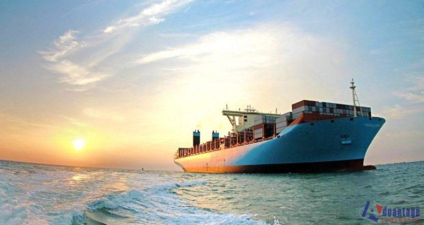 Tàu chuyến và tàu chợ